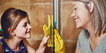 How to clean a shower cubicle - seven musts to remember when cleaning your shower