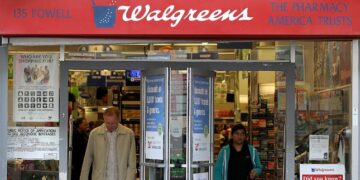 Walgreens changing vaccine schedule after giving customers extra week between doses